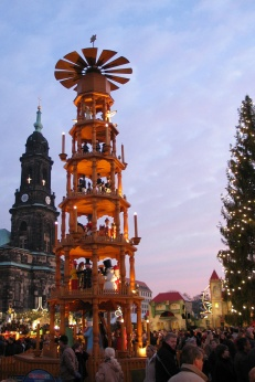 Christmas pyramid (14m tall!) courtesy of google images